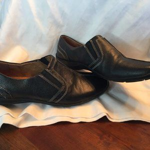 NaturalSoul slip on leather loafer 8 1/2 M